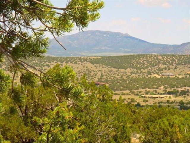 15 Prado Vista, Sandia Park, NM 87047