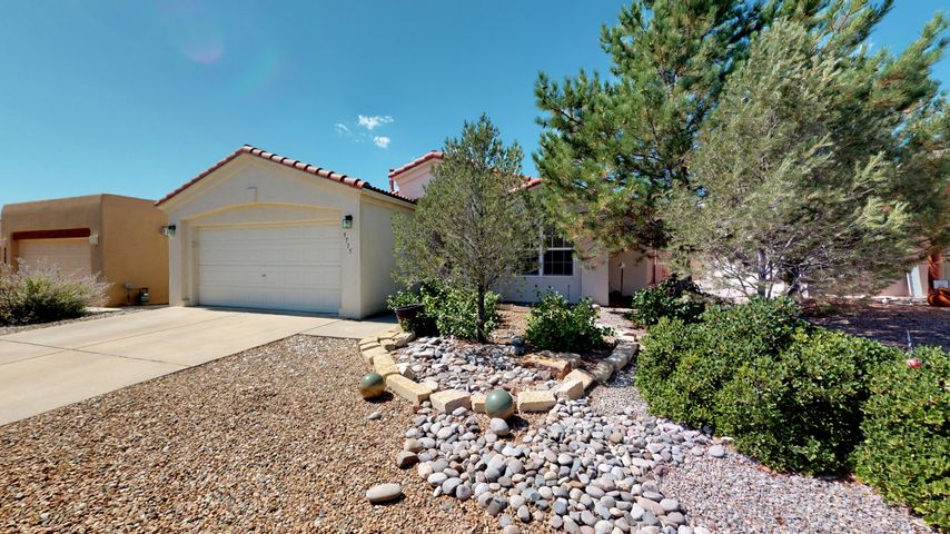 9715 Entrada Place NW, Albuquerque, NM 87114