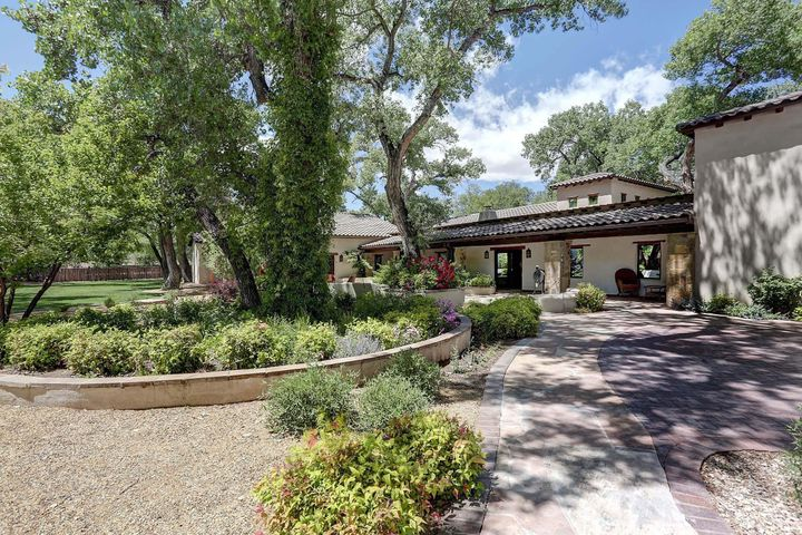 440 Chaparral Lane, Corrales, NM 87048