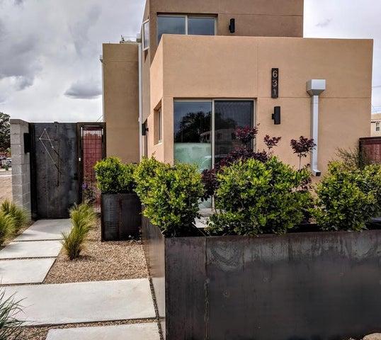 631 14TH Street SW, Albuquerque, NM 87102