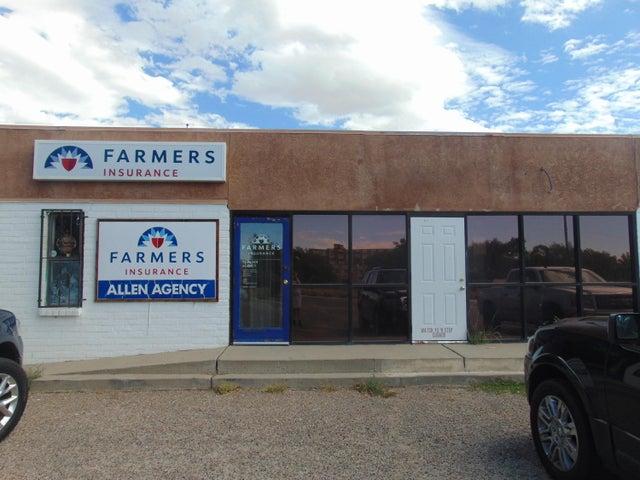 520 CHAMA Street NE, Albuquerque, NM 87108