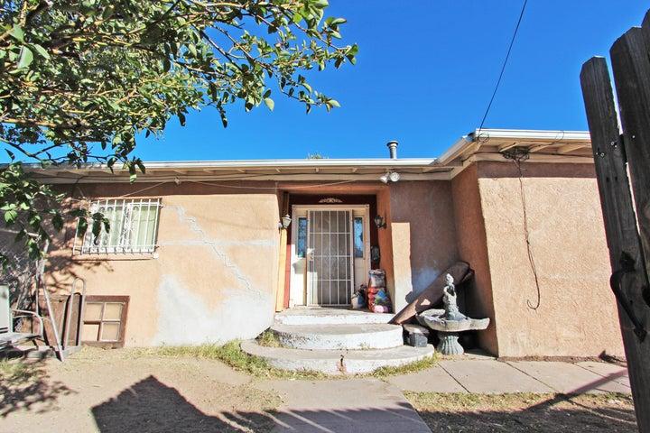 200 BETHEL Drive SE, Albuquerque, NM 87102