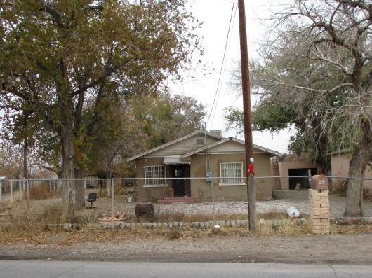 1509 ATRISCO Drive SW, Albuquerque, NM 87105