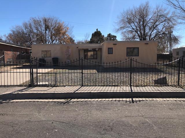 9308 ARVILLA Avenue NE, Albuquerque, NM 87111