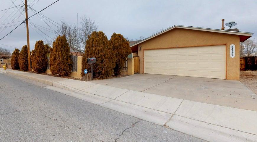 2415 MOUNTAIN Road NW, B, Albuquerque, NM 87104