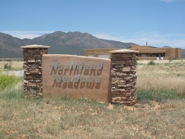 8 NORTHLAND MEADOWS Place, Edgewood, NM 87015