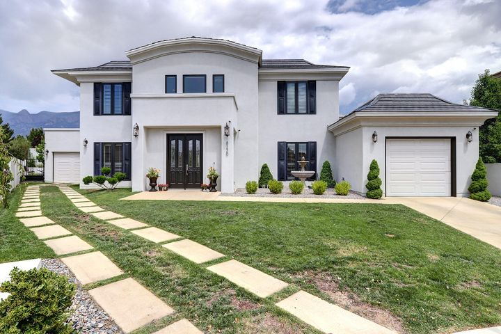8220 Desert Lily Lane NE, Albuquerque, NM 87122