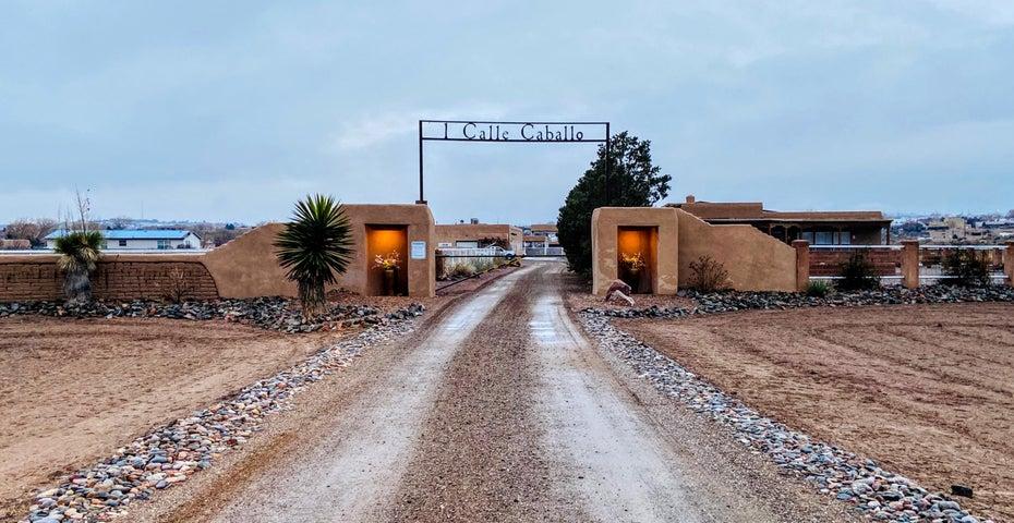 1 CALLE CABALLO, Corrales, NM 87048