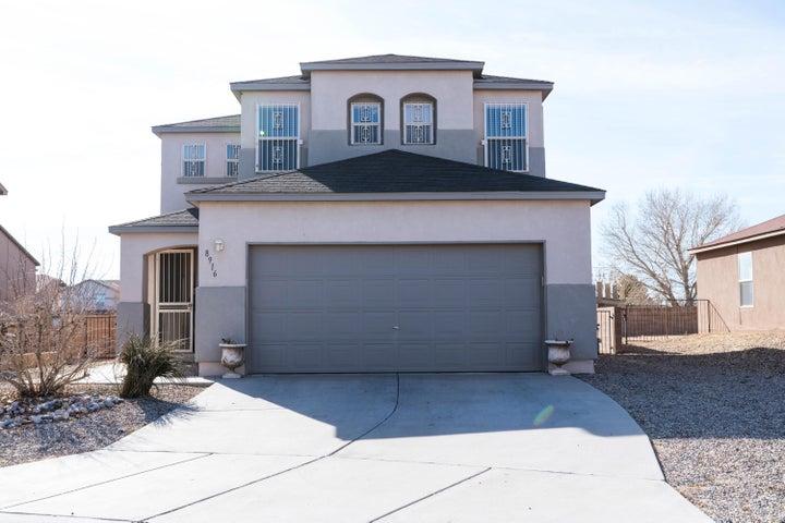 8916 Sawgrass Place NW, Albuquerque, NM 87121