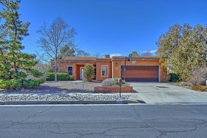 5709 VISTA BONITA NE, Albuquerque, NM 87111