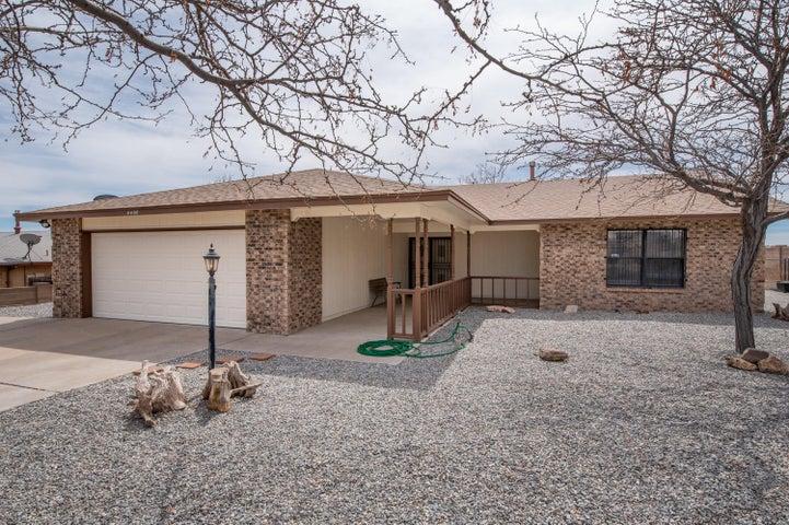 4400 PUMICE Drive NE, Rio Rancho, NM 87124
