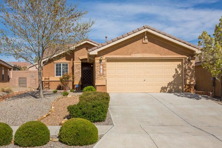 1015 Kanaga Drive NW, Albuquerque, NM 87114
