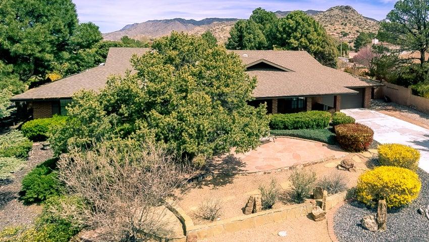1504 Soplo Road SE, Albuquerque, NM 87123