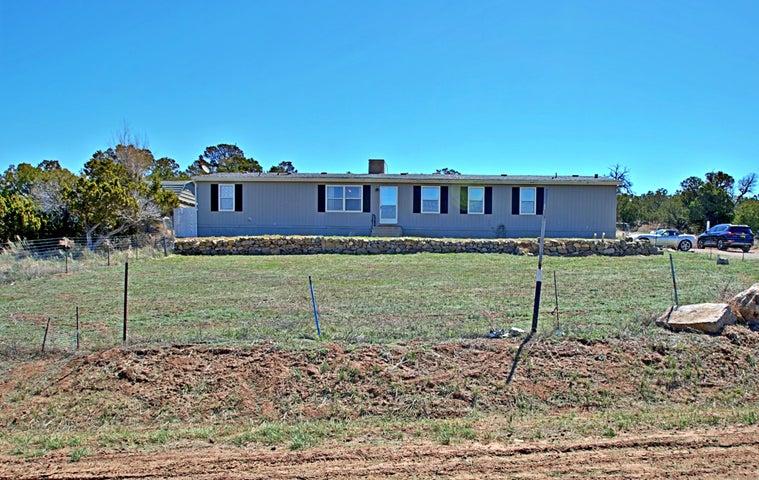 8 JOHN Drive, Edgewood, NM 87015