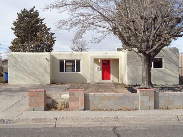 353 60th Street NW, Albuquerque, NM 87105