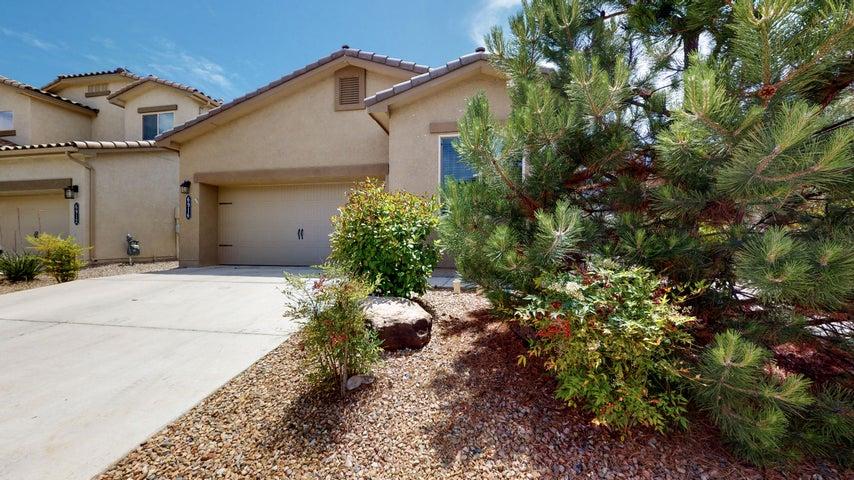 6916 TEMPE Avenue NW, Albuquerque, NM 87114