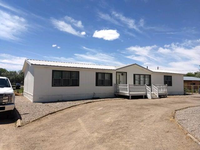 2755 Parklane Drive, Peralta, NM 87042