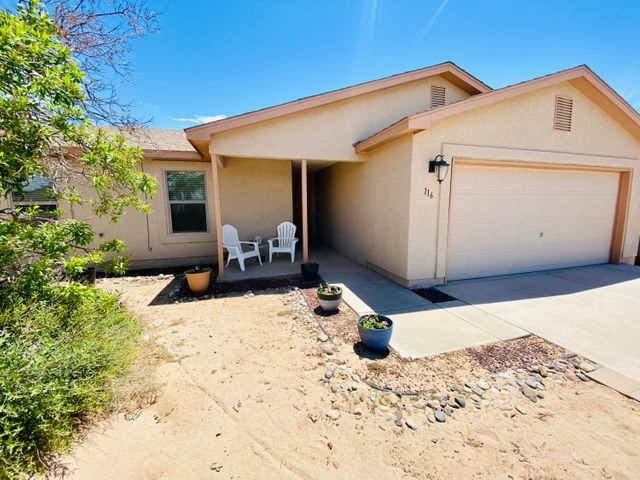116 2nd Street NE, Rio Rancho, NM 87124