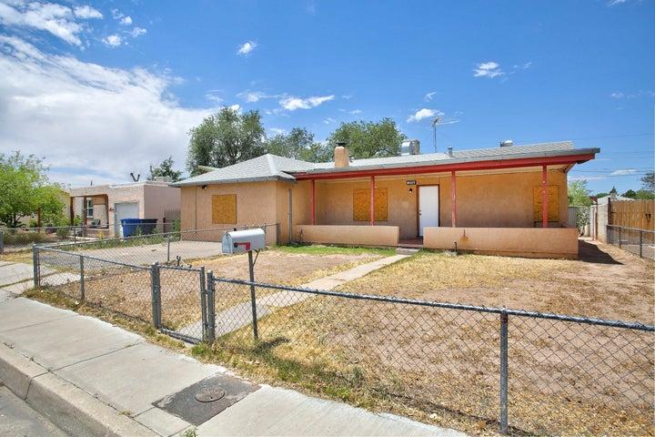 5117 GRANDE Drive NW, Albuquerque, NM 87107