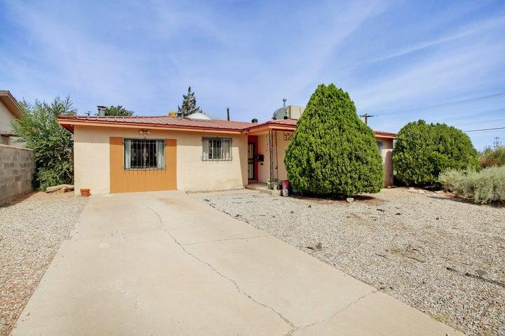 341 General Arnold Street NE, Albuquerque, NM 87123