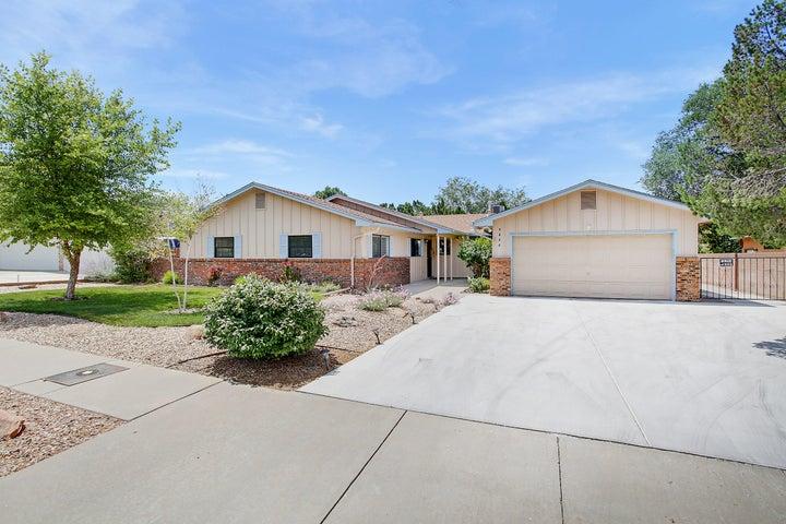 9404 FARRAGUT Drive NE, Albuquerque, NM 87111