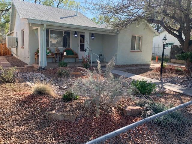 2440 ORO VISTA Road NW, Albuquerque, NM 87107