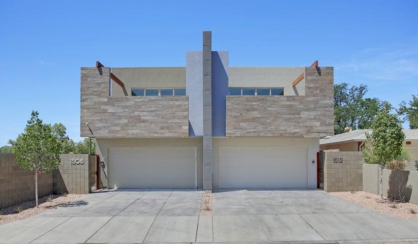 1512 San Patricio Avenue SW, Albuquerque, NM 87104
