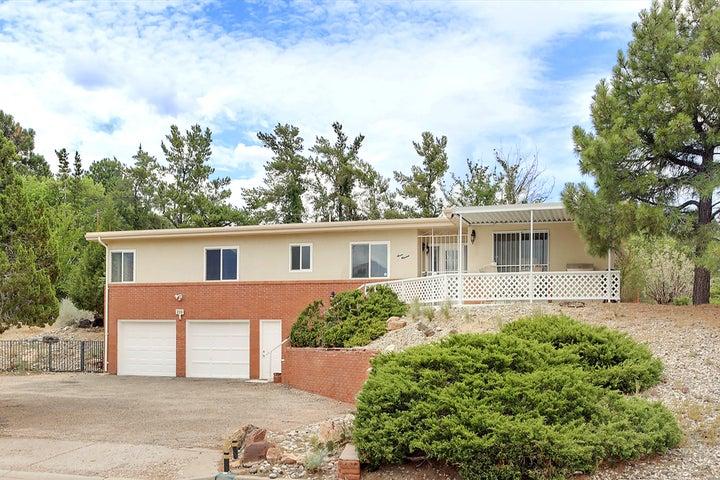 700 STAGECOACH Road SE, Albuquerque, NM 87123