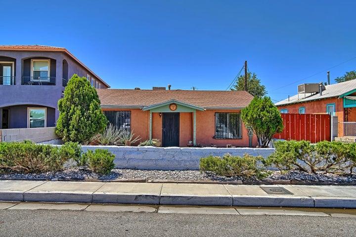 154 Mescalero Road NW, Albuquerque, NM 87107