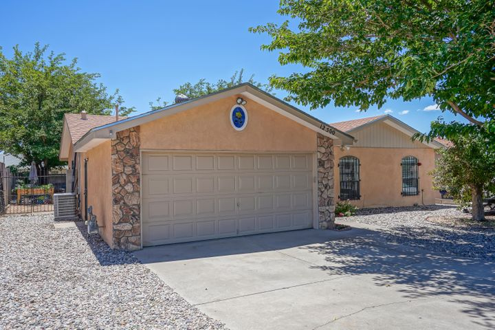 12500 SUMMER Avenue NE, Albuquerque, NM 87112