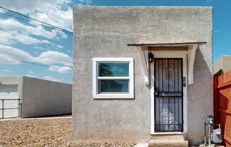 421 PROSPECT Avenue NW, Albuquerque, NM 87102