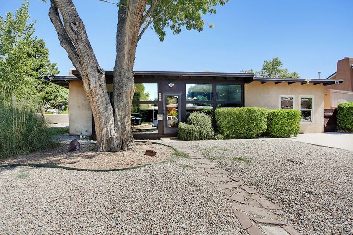 3903 HANNETT Avenue NE, Albuquerque, NM 87110
