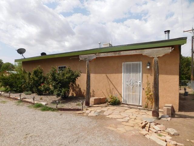 212 Santa Fe Road SE, Los Lunas, NM 87031