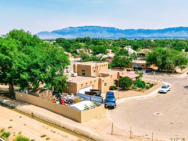 2831 SAN MARCIAL Street NW, Albuquerque, NM 87104