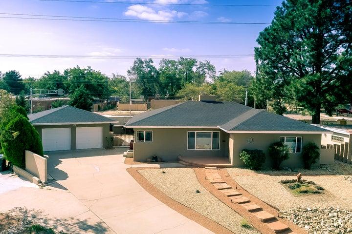 3312 Loma Vista Place NE, Albuquerque, NM 87106