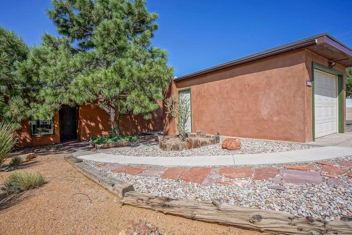 247 MONTE ALTO Place NE, Albuquerque, NM 87123