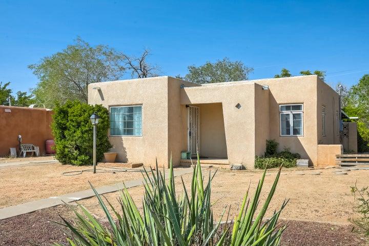 8109 ROMA Avenue NE, Albuquerque, NM 87108