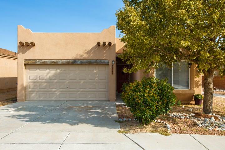 8427 LLANO VISTA Avenue SW, Albuquerque, NM 87121