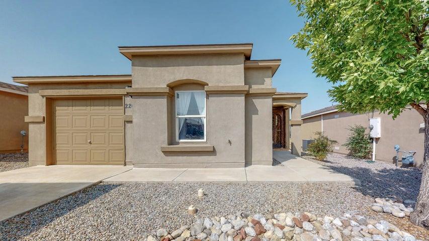 2208 SAGECREST Loop NE, Rio Rancho, NM 87144
