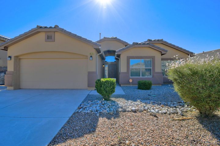 8620 SILK TASSEL Road NW, Albuquerque, NM 87120