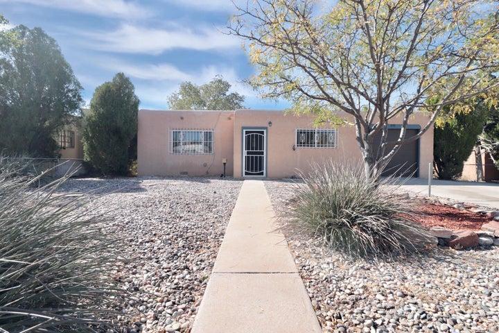 909 CALIFORNIA Street SE, Albuquerque, NM 87108