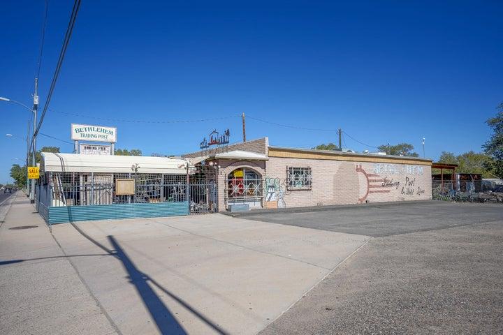 1300 S MAIN Street, Belen, NM 87002