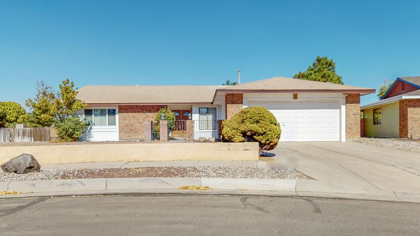 5432 Mariposa Drive NW, Albuquerque, NM 87120