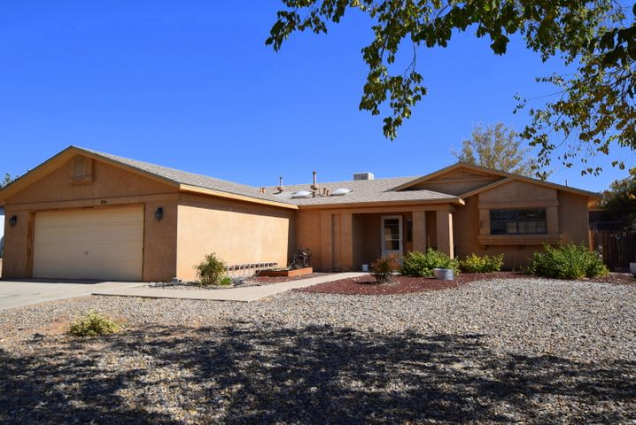 1736 POWDER RIVER Drive NE, Rio Rancho, NM 87144