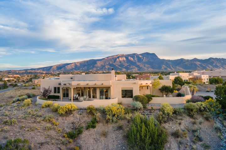 6 VALLEY VIEW Court, Placitas, NM 87043