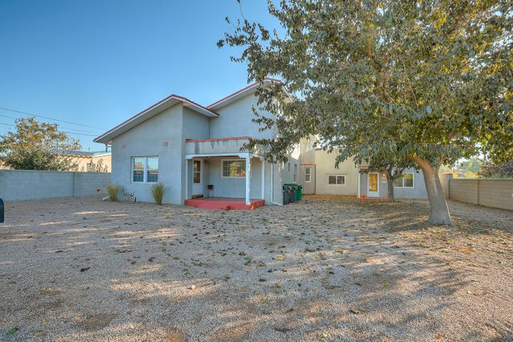 312 WAYNE Road NW, Los Ranchos, NM 87114
