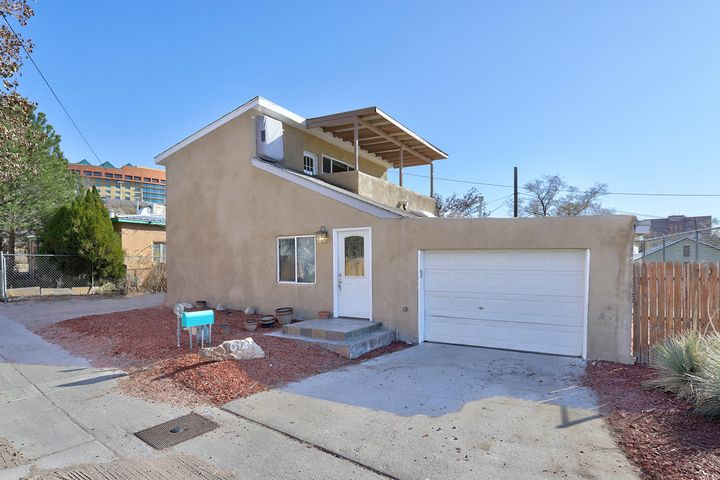1014 Maggies Ave (WALTER) Street NE, Albuquerque, NM 87102