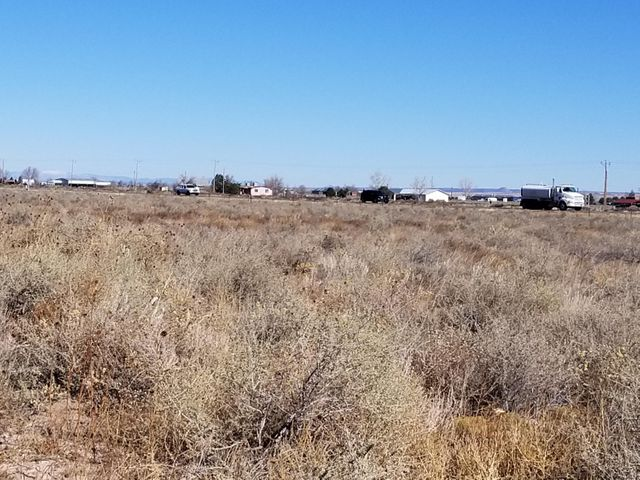 38 Clubhouse Road, Moriarty, NM 87035