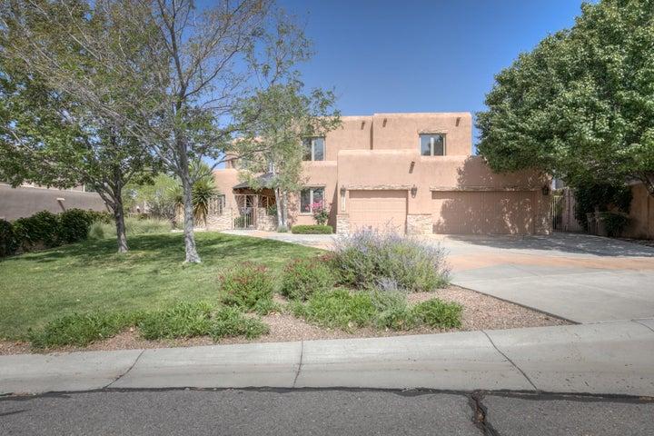 8717 ROYAL GLO Drive NE, Albuquerque, NM 87122