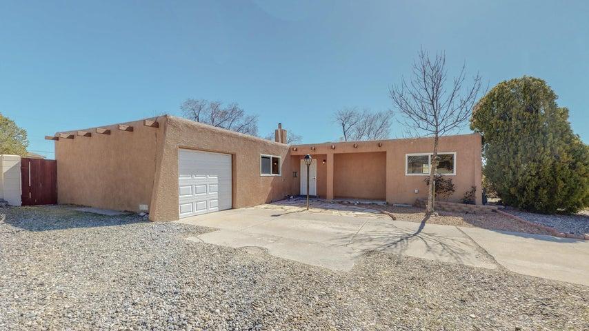 10152 ALDER Drive NW, Albuquerque, NM 87114